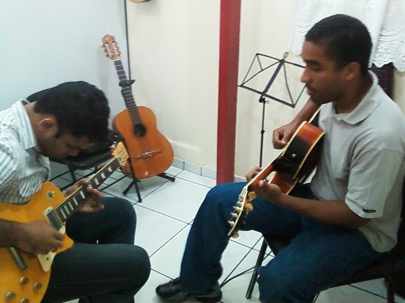Aula de guitarra Unidade Campo Grande
